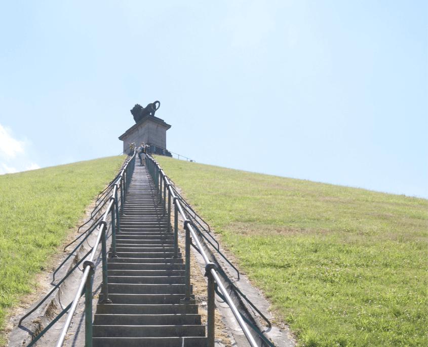 butte du lion escaliers